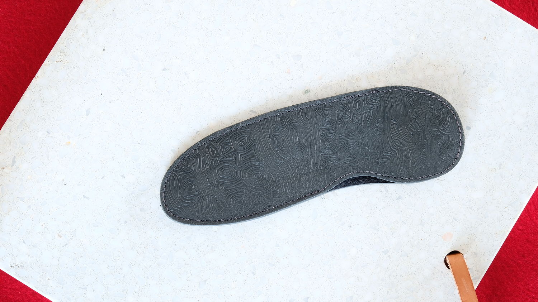 Steck-Etui aus Damastleder asfalto grau, SEVRAN